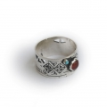 Ring with Ornaments